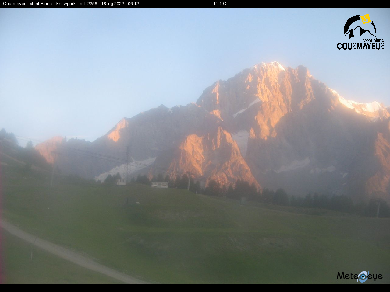 Webcam snowpark Courmayeur 2256m